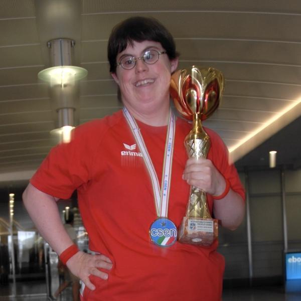 Muriel mit Pokal - Turnier Rom